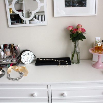 At Home Chic: Dressed up Dresser