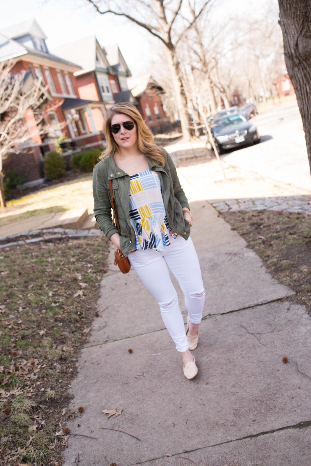 Graphic Cami & White Jeans-23