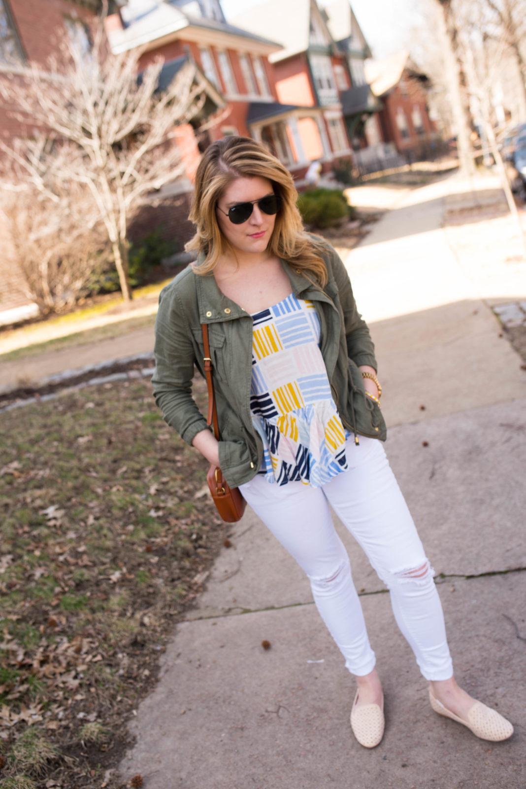 Graphic Cami & White Jeans-31
