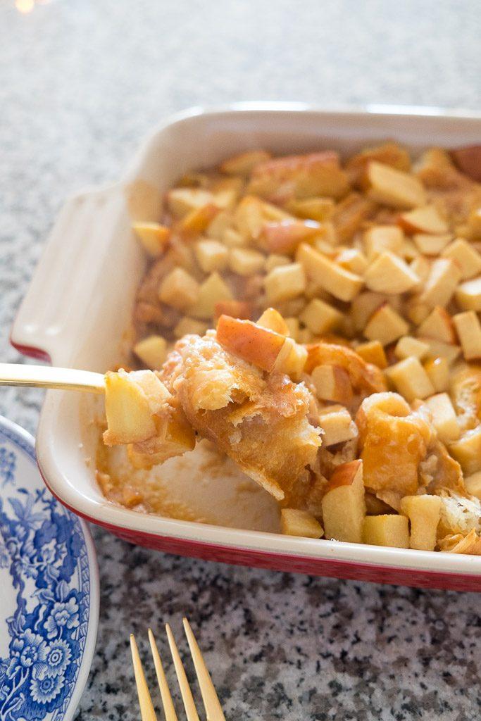 caramel-apple-croissant-bread-pudding-19